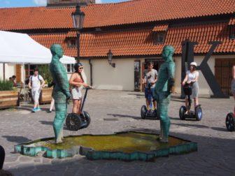 チェコ・プラハに滞在、お気に入りはミュシャのスラブ叙事詩とプラハ動物園。