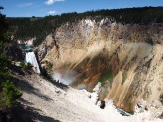【アメリカ西海岸レンタカー旅 11】イエローストーン3日目、美しい渓谷とウォッシュバーン山登山。
