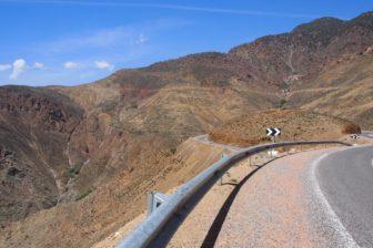 【モロッコレンタカー旅 その7】8日目ツブカル山の麓アンリル、レンタカー返却の末路。