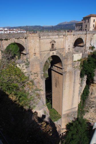 【おすすめバル情報】スペインイチ感動したワインバルは、崖の上の町ロンダにあり。