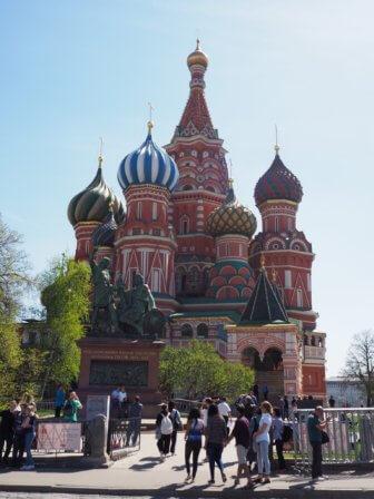 モスクワでロシアを体感〜ニークリンサーカスと、ヴェルニサージュ市場