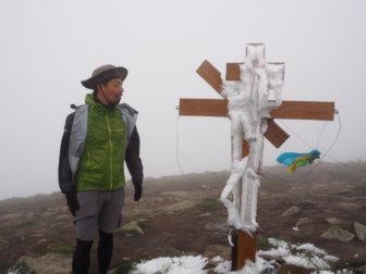 【ウクライナ最高峰】ホヴェールラ山(2,061m)登山と、ヤレムチェのおすすめ食堂。