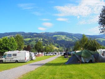 【オーストリアレンタカー旅 その2】スピード違反で罰金!湖水浴とリャマのいるキャンプ場