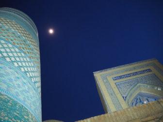 《宗教都市ヒヴァ》おいしいウズベキスタン食堂や、安い生ビールや、酒屋なんかのこと