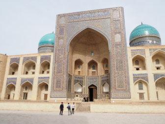ブハラに滞在した5日間の町歩きと、ウズベキスタン式のアパートメント