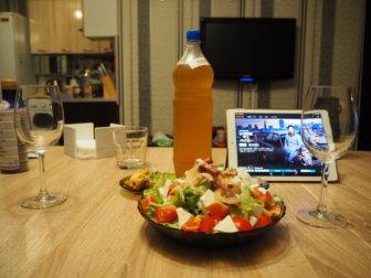 アルマトイの滞在〜おすすめラグマン屋とビアパブ、1週間暮らしたアパートメントと、カザフSIM
